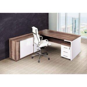 Detroit Managerial Panel Desk